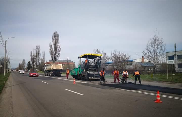 Lucrări de asfaltare pe străzile Târgoviștei