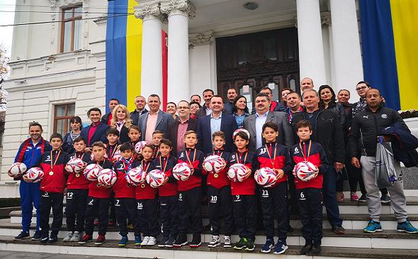 Juniorii dâmbovițeni, campioni la Cupa Centenarului