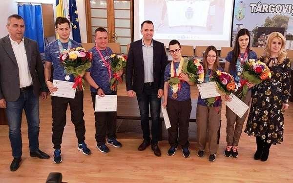 Primarul Cristian Stan i-a felicitat pe sportivii targovisteni participanți la jocurile - Special Olympics -