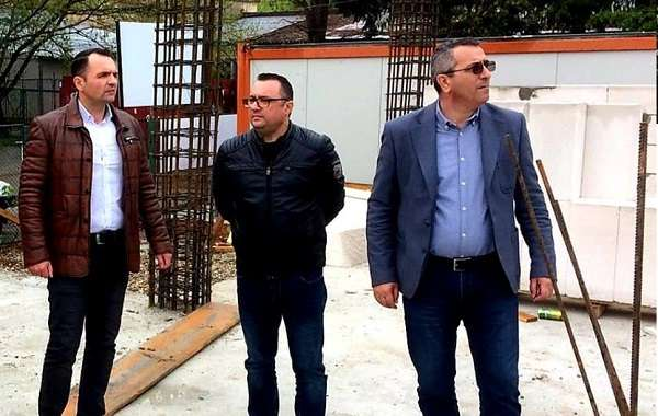 Cristian Stan: Continua lucrarile si la Cresa nr. 8 din municipiul Targoviste