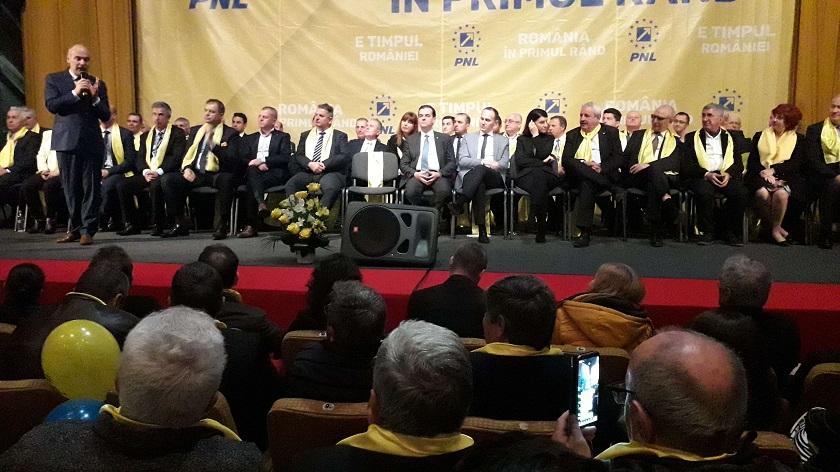 PNL și-a lansat la Târgoviște candidații pentru europarlamentare