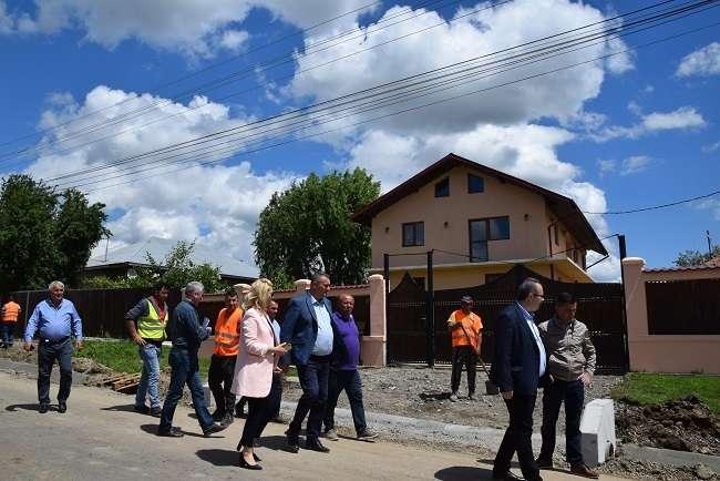 CJD: vizite de lucru la obiectivele de investiții din Gura Șuții și Corbii Mari