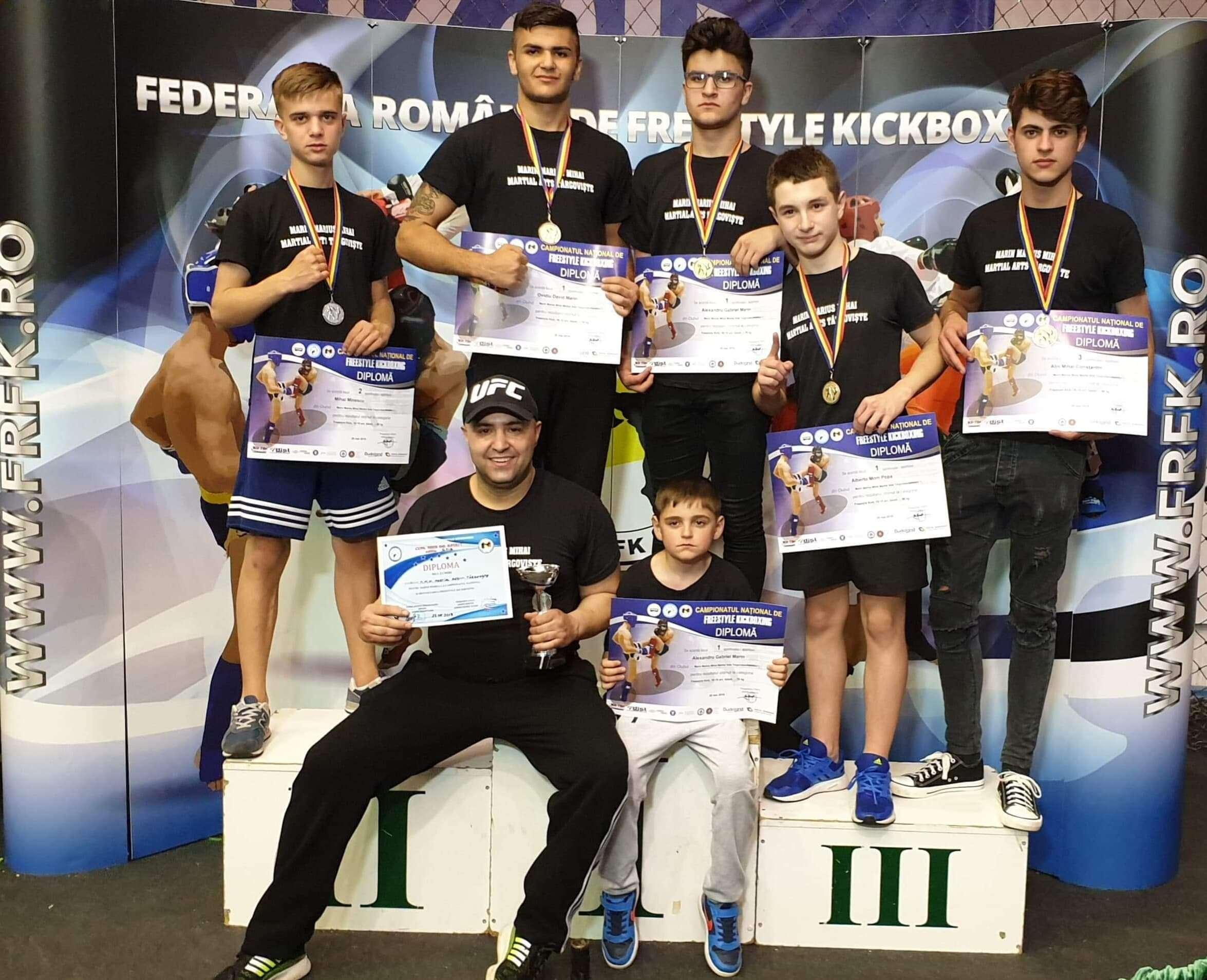 Familia Marin câștigă din nou medalii la Campionatul de Freestyle Kickboxing