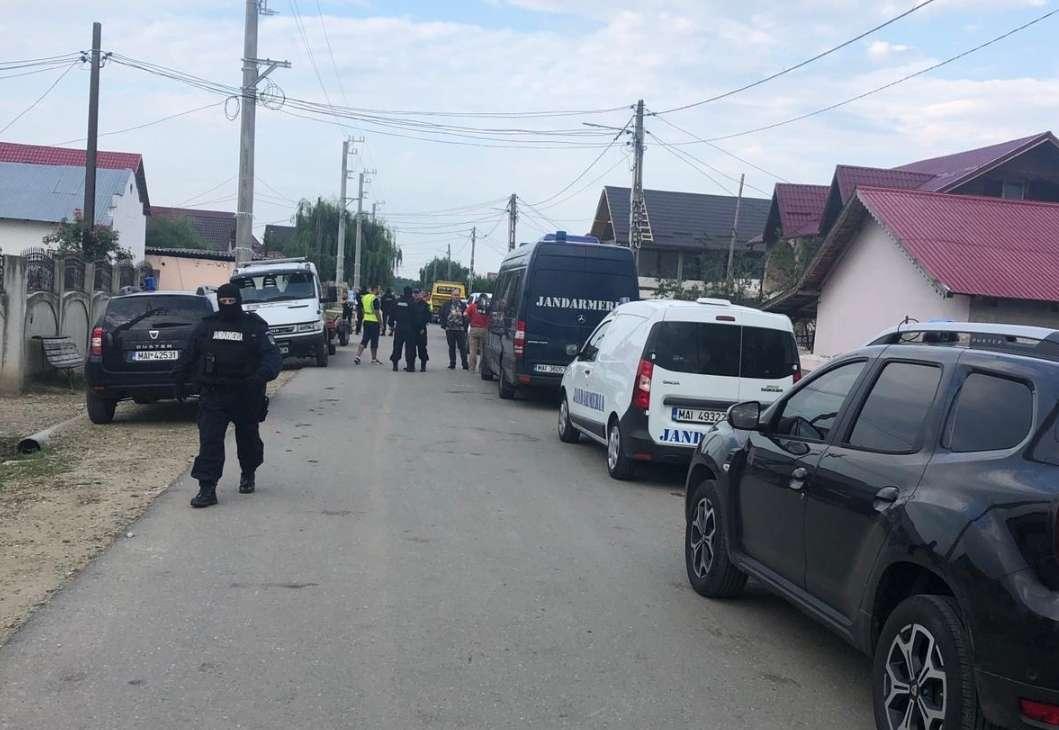 Descinderi în Dâmbovița la suspecții de proxenetism