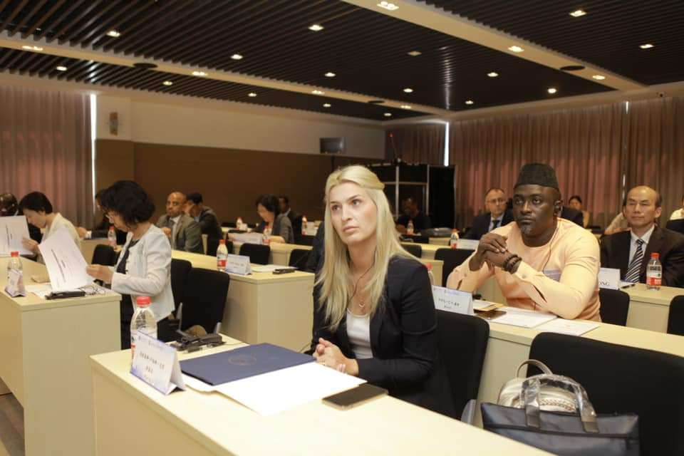 Luciana Cristea, vicepreședintele CJD, a reprezentat Dâmbovița la Shanghai Business School!