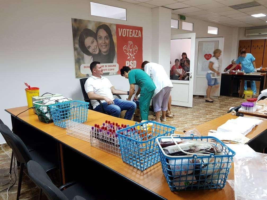 Vlad Oprea & Co - O nouă acțiune de donare de sânge la Titu