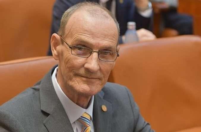USR Dâmbovița îl va susține pe Klaus Iohannis în turul doi al alegerilor prezidențiale